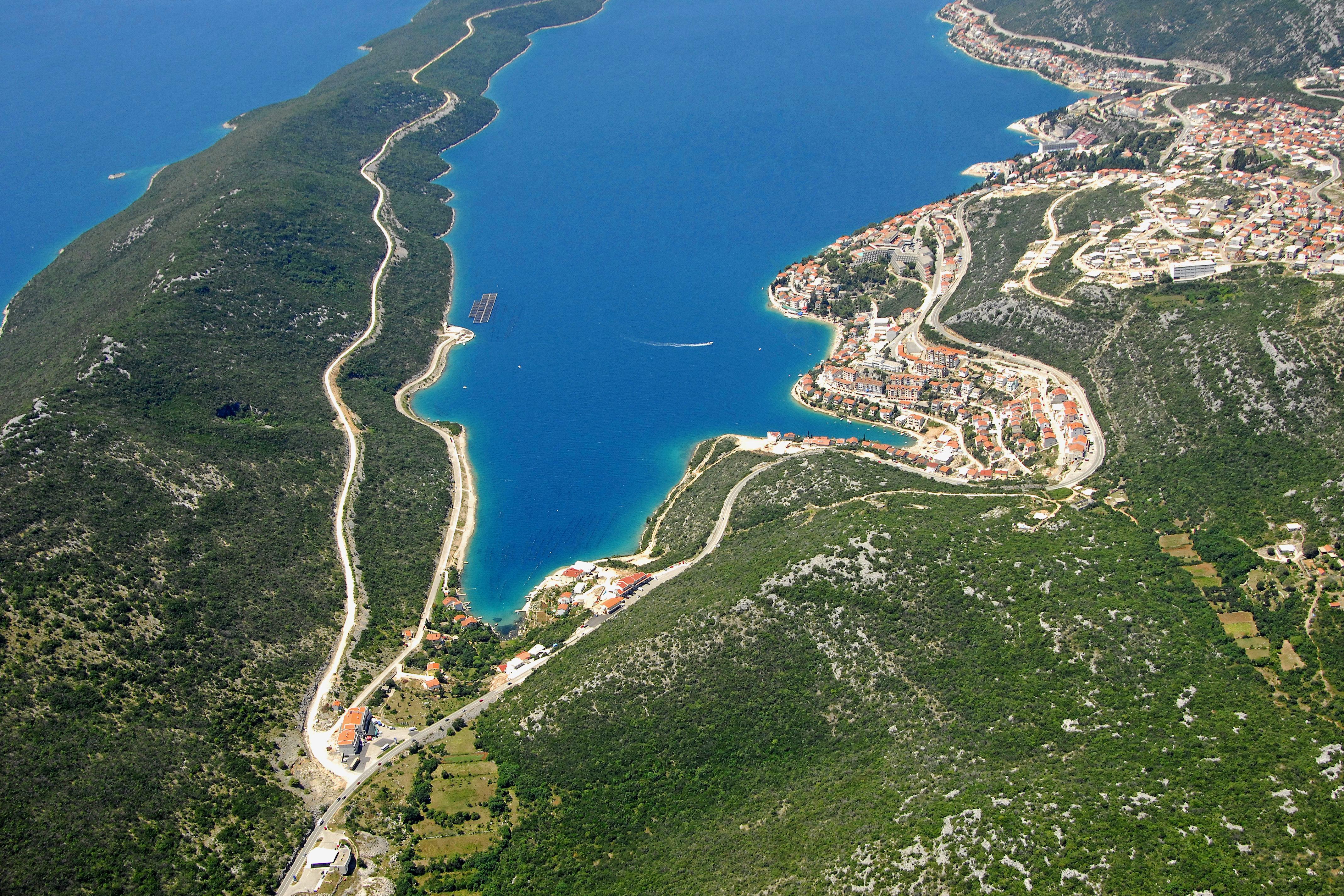 Programme pour célibataires à Dalmatie - Neretva 2